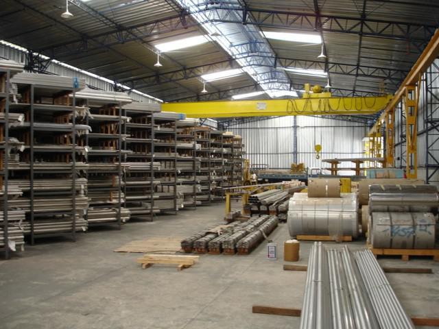 Fornecedores de aço inoxidável