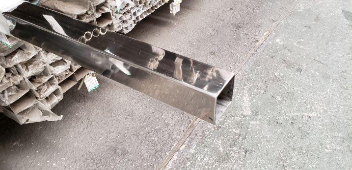 Tubo quadrado de aço inox 304