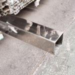 Tubo de aço inox quadrado